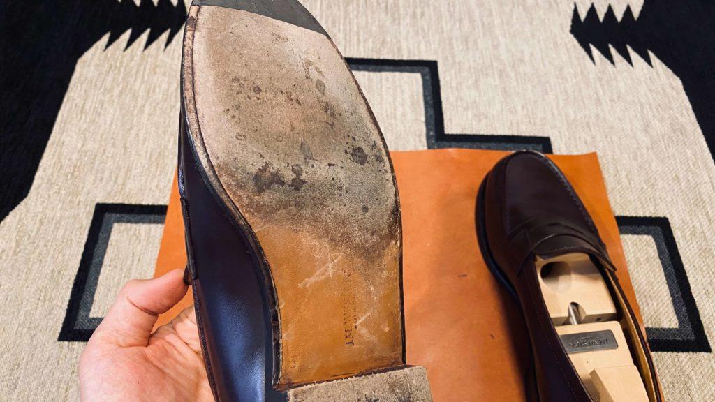 汚れた靴底2