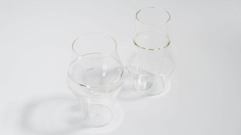 KRUVEグラス2種を並べて上から
