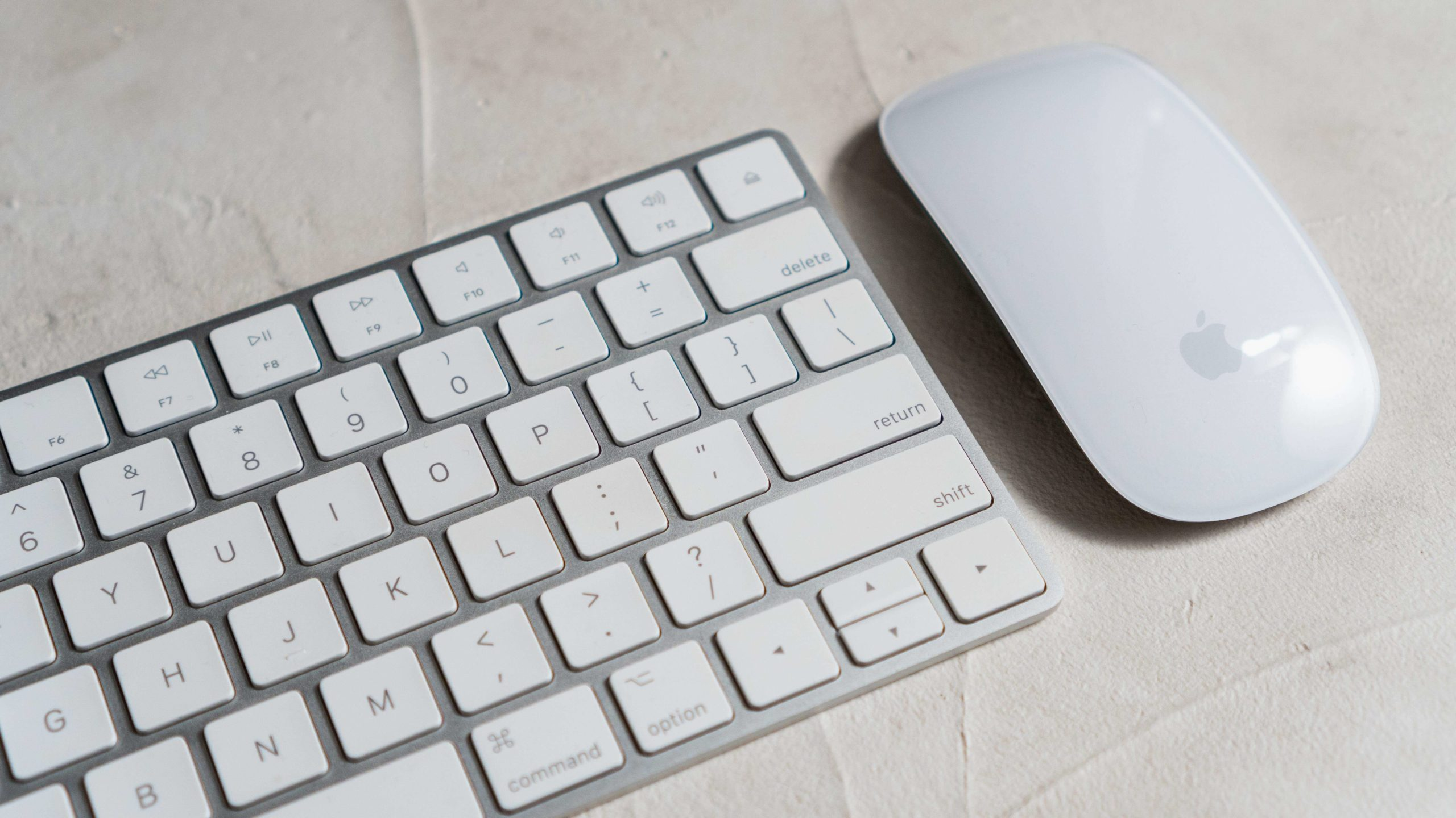 Appleキーボードとマウス