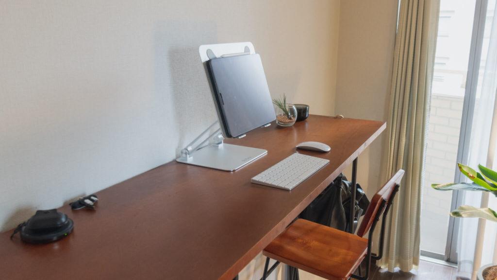 スタンディングテーブルの広さ