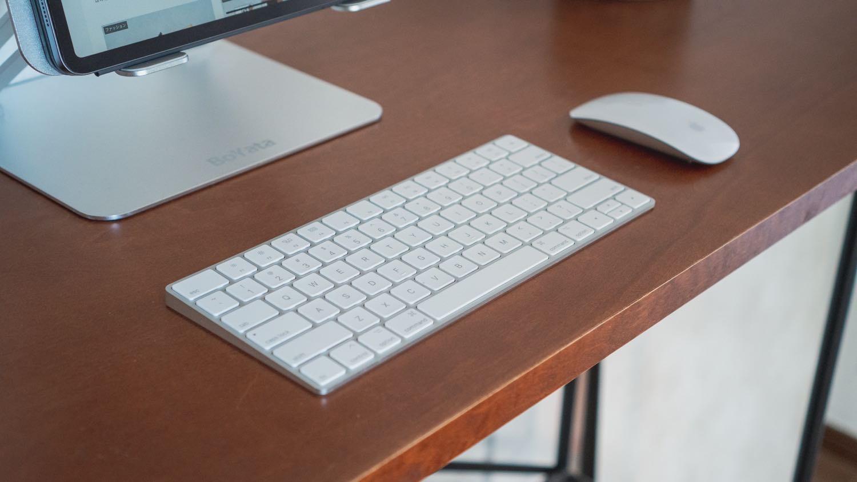 デスクのキーボード