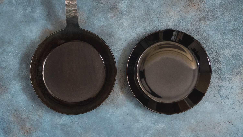 タークのフライパンとイッタラのお皿