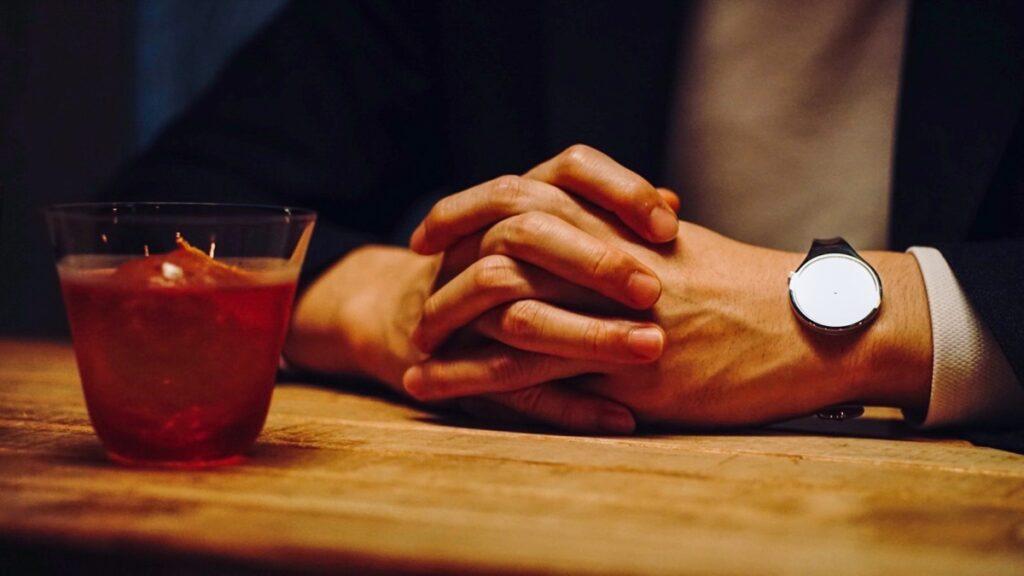 ミニマログ手元と腕時計