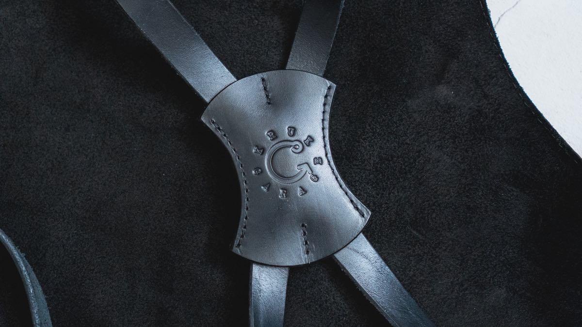 KrukGarageのレザーエプロン クロス部分